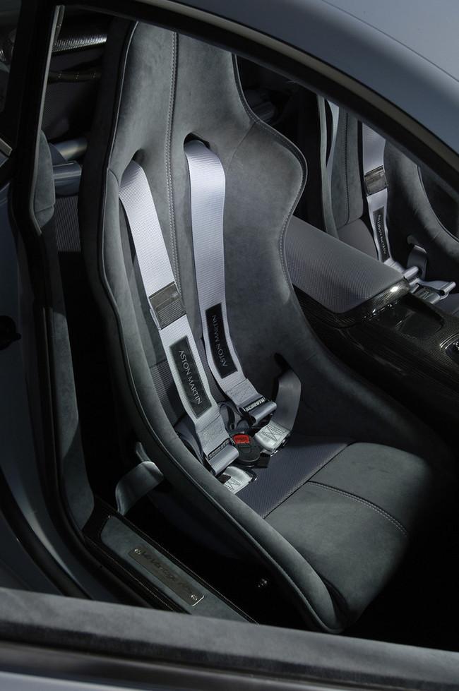 Foto de Aston Martin V12 Vantage RS (24/29)