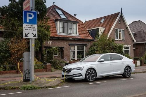 Los 19 coches híbridos enchufables más baratos que se consideran Cero Emisiones como los eléctricos