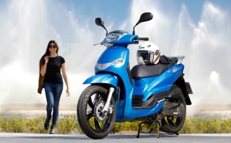 Peugeot Tweet 125 y Peugeot Citystar 125 AC con seguro de regalo durante este verano
