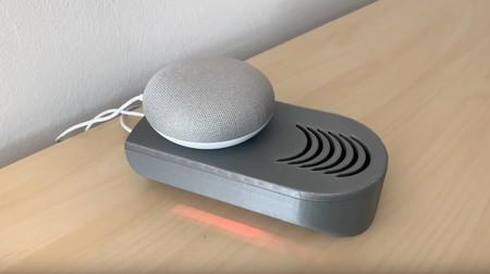 El asistente que controla al asistente: este interruptor por voz es un genial invento para decidir cuándo queremos ser escuchados