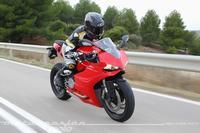 Ducati 899 Panigale, prueba (conducción en autopista y pasajero)