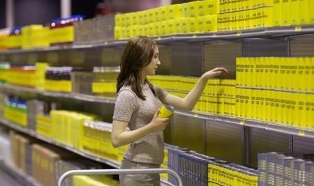 Saoirse Ronan haciendo la compra