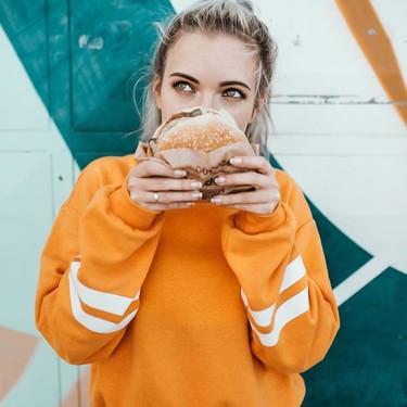 Todo sobre la nueva hamburguesa vegetal de Burger King: analizamos la Rebel Whopper para saber si es más saludable que las tradicionales