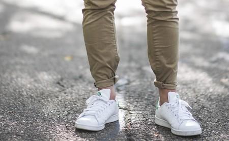 Las mejores ofertas de zapatillas (y chanclas) hoy en las rebajas: Adidas, Fila y Reebok más baratas