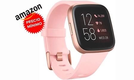 Amazon iguala oferta de MediaMarkt y te deja el Fitbit Versa 2 a su precio más bajo hasta la fecha por sólo 139,40 euros