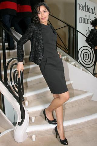 Freida Pinto chanel