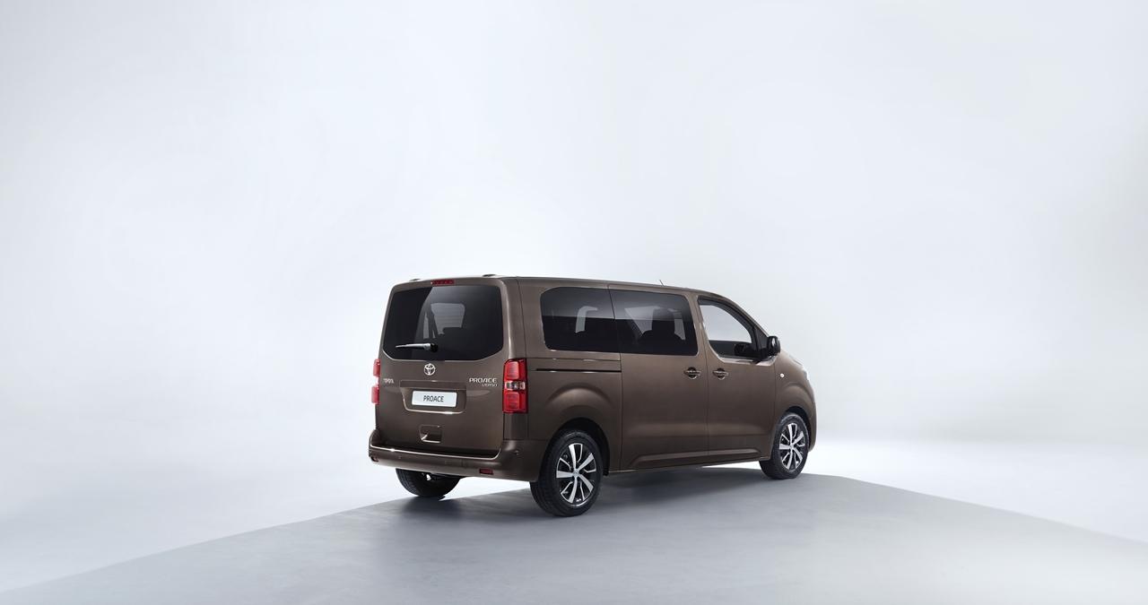 Foto de Toyota Proace Verso (5/14)