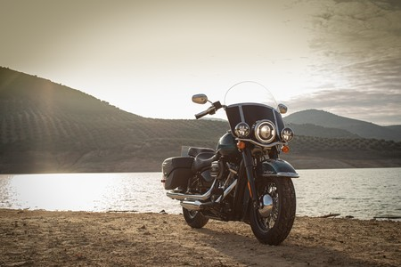 Harley Davidson Triple S 2020 021