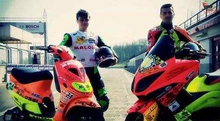 Piaggio Zip frente a Yamaha T-Max ¿Quién ganará y por cuanto?
