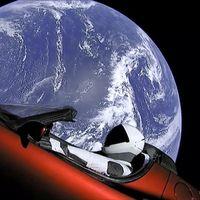 ¡El primer coche ya va rumbo a Marte! Esta es la historia del Tesla Roadster que viaja en el Space X