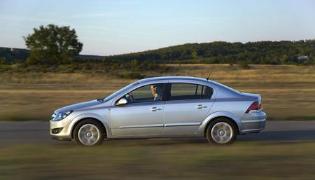 Cambios en la gama Opel Astra para ¿verano?