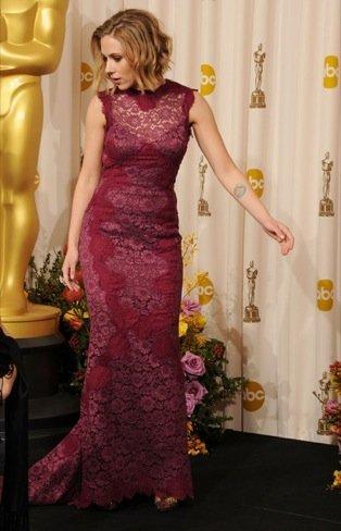Scarlett Johansson zapatos Oscar 2011