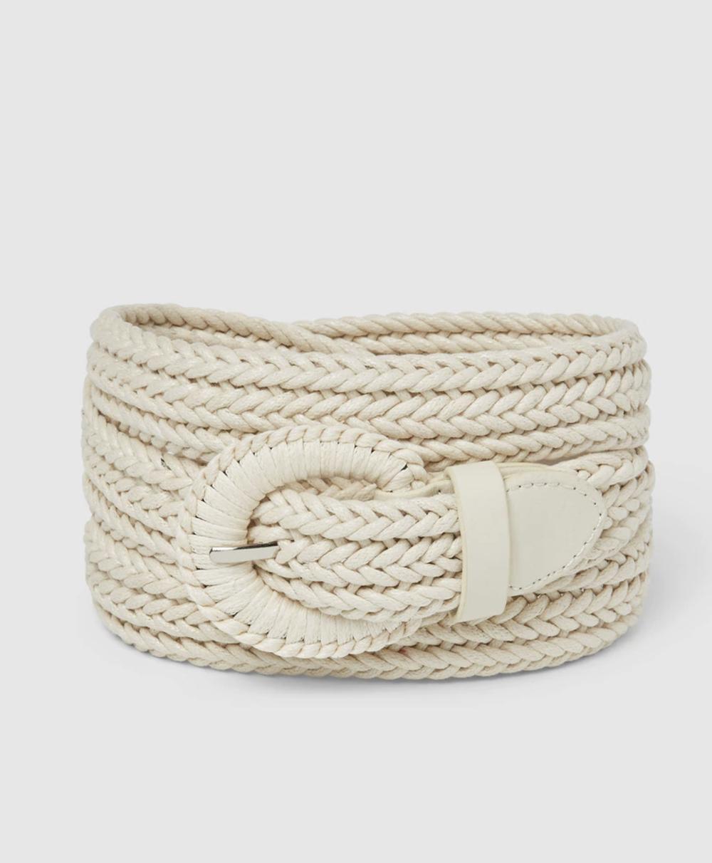 Cinturón de mujer El Corte Inglés trenzado en beige