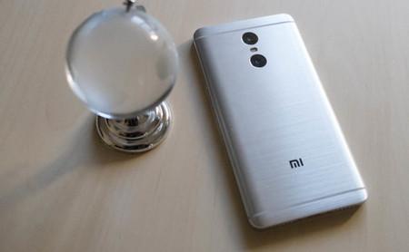"""Por qué existen los móviles """"para China"""" y podemos hacer poco para adaptarlos a nuestro mercado"""
