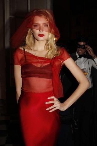 Foto de Fiesta de máscaras 90 aniversario Vogue París (10/12)