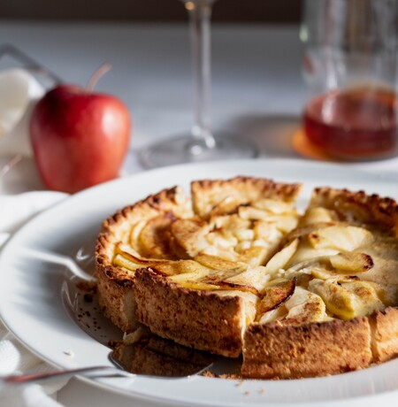 Once recetas de tartas con fruta de temporada y los utensilios básicos para que te queden como sacadas de Instagram