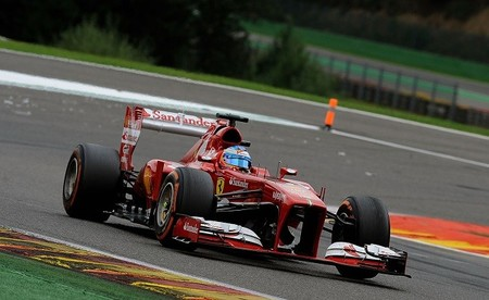 Fernando Alonso: dos errores, dos resultados muy distintos