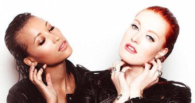'Emergency': Icona Pop tienen un nuevo tema de lo más retro para hacerte bailar este verano