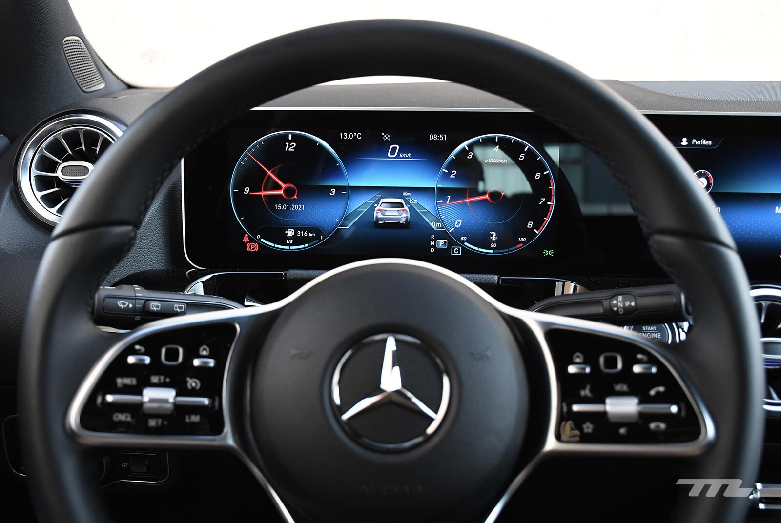Foto de Mercedes-Benz GLA 200 (prueba) (24/30)