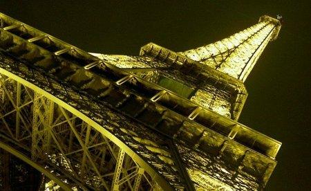 Viaja a París por un 40% menos reservando con Expedia
