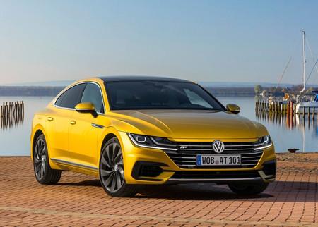 ¿Los 280 hp del Arteon te parecen poco? A Volkswagen también: un Arteon R de 400 hp viene en camino