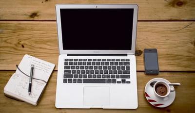 El café y fruta gratuitos en la oficina, ¿un gasto o una inversión en productividad?