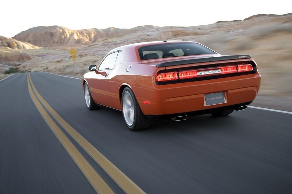 Foto de Dodge Challenger SRT8 (89/103)