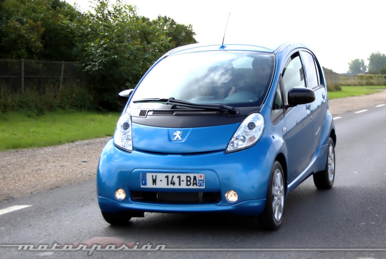 Foto de Peugeot i0n (presentación) (18/50)