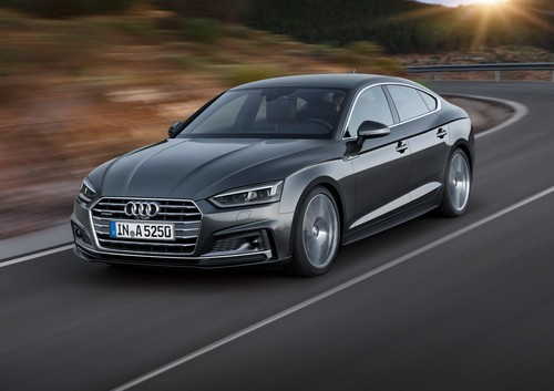 Nuevos Audi A5 y S5 Sportback: Ganan puertas sin perder estilo