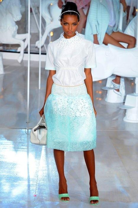 Foto de Louis Vuitton Primavera-Verano 2012 (8/48)