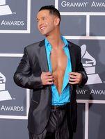 Los mejores y peores vestidos en los Premios Grammy 2010