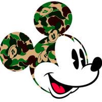 A Bathing Ape camuflan a Mickey Mouse este verano