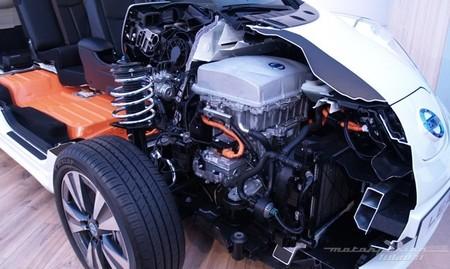 Nissan LEAF 2013 seccionado 02