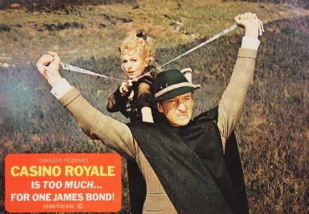 Deborah Kerr y David Niven en Casino Royale