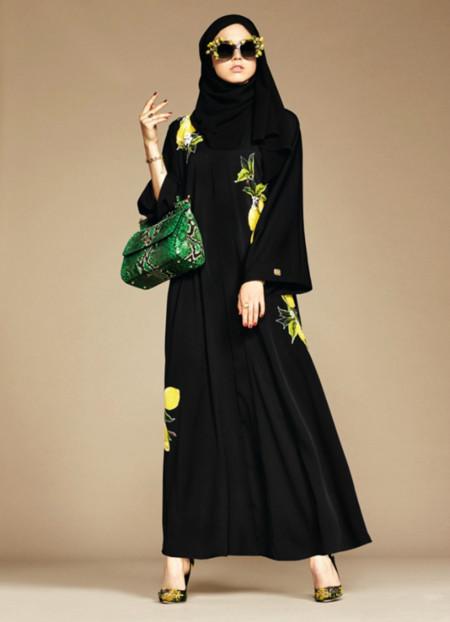 Dolce & Gabbana lanza una línea de hijabs y abayas para sus mercados árabes