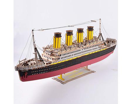 Maqueta De Madera Del Titanic