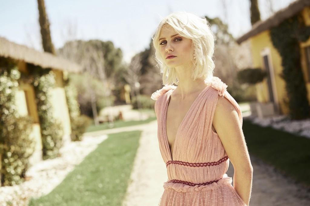 ab3330de7 15 vestidos de novia color rosa para las que opinan que el blanco ya no se