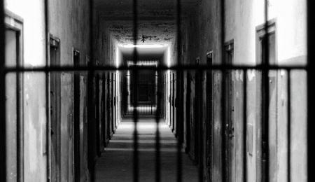 El empresario que engañe a los trabajadores con falsas condiciones laborales podría ir a la cárcel