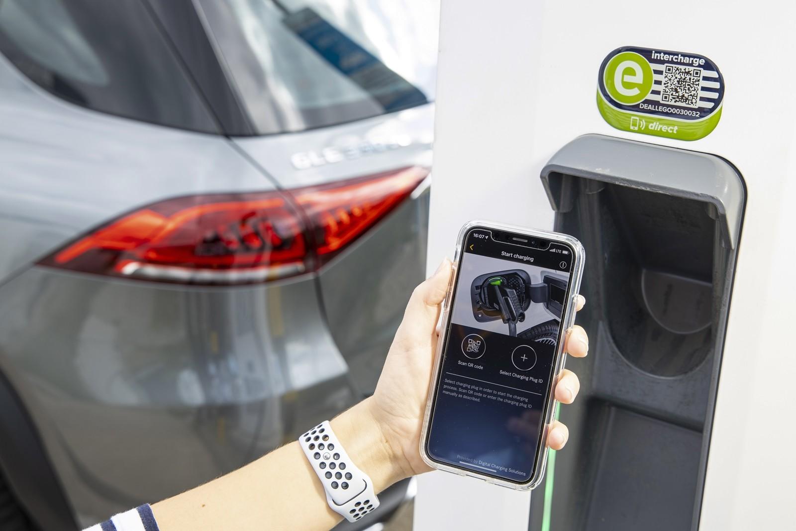 Mercedes-Benz GLE 350 de y GLC 300 e 2019