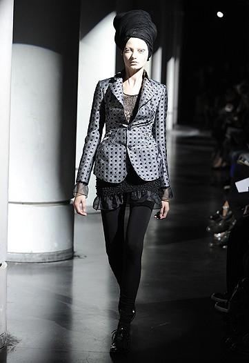 Foto de Junya Watanabe, Primavera-Verano 2010 en la Semana de la Moda de París (10/13)