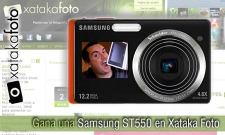 Recomiéndanos a un fotógrafo español y gana una Samsung ST550 en Xataka Foto