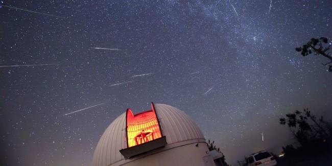 Mira al cielo: la lluvia de estrellas de las Perseidas es más intensa de lo normal