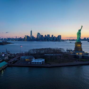 Así de brutal se ve Nueva York cuando se graba a resolución 12K, con tres cámaras RED y desde un helicóptero