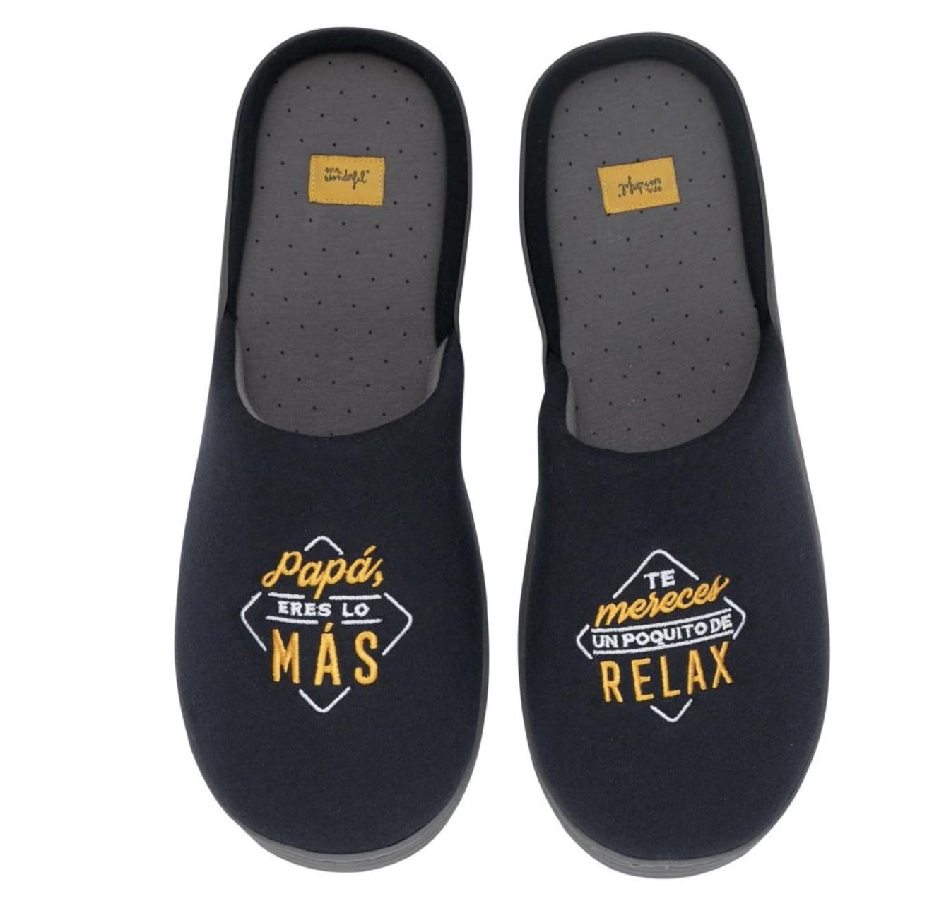 MR.WONDERFUL Zapatillas de Casa Talla única con Mensaje y Diseño Mr. Wonderful: papá, eres lo más.