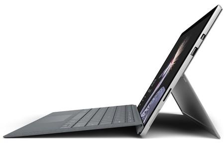 Surface Pro + Teclado, en versión con Core i5, 8GB de RAM y SSD de 128GB, por 859 euros y envío gratis