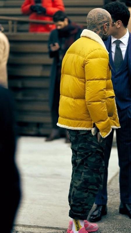 Alerta Amarilla Pitti Uomo Yellow Looks Street Style 2020 06
