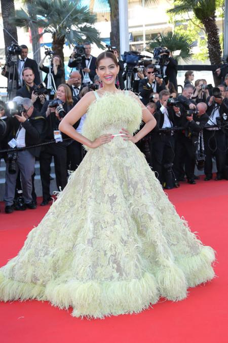 Sonam Kapoor Cannes 2015