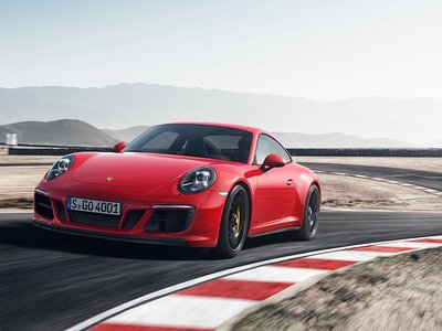 """Porsche 911 GTS 2017, el """"nueve once"""" se vuelve (aún) más apetecible"""