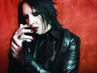 Puja por el prepucio de Marilyn Manson