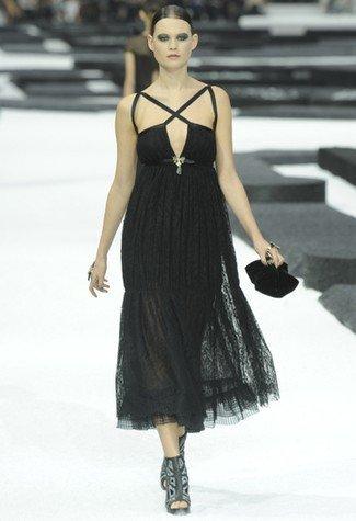 Chanel Primavera-Verano 2011 escote